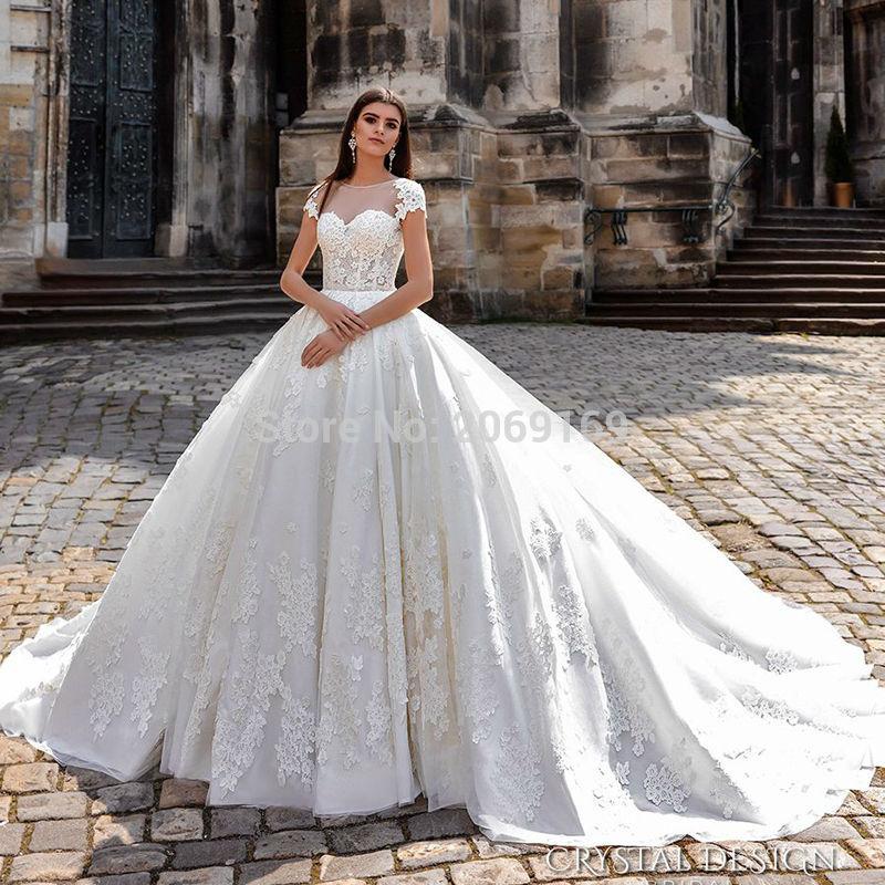 Vestidos-De-Noiva-De-Luxo-Bridal-Gown-Civil-Ball-Gown-Vintage-Lace-Princess-Wedding-Dresses-Sexy (2)
