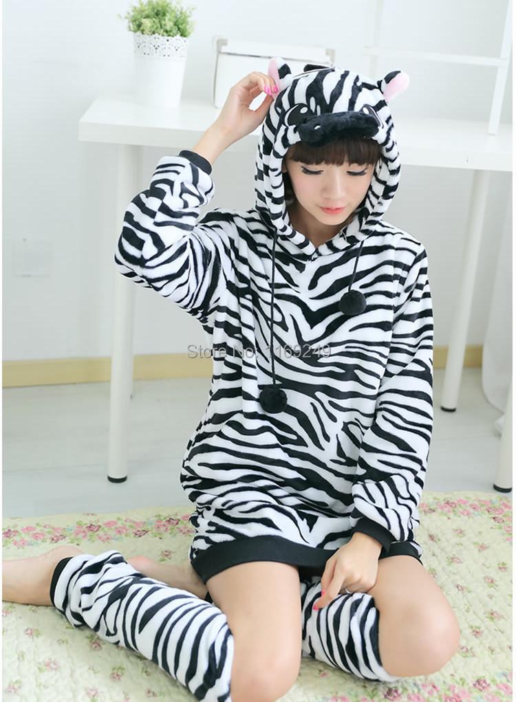 dames de bande dessin e femmes animaux zebra robe. Black Bedroom Furniture Sets. Home Design Ideas