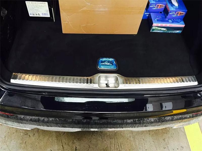 1pc Stainless Steel Inner Rear Bumper Sill Plate Cover Trim For Mercedes Benz GLC Class X205 GLC200 GLC250 GLC300 2015 2016(China (Mainland))