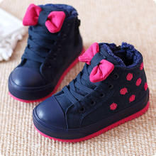 2014 Winter Girls Boots Dots Bowknot Girls Snow Boots Cute Child Cotton Shoes Baby Boots Kids Sneakers Size 24~37 Free Shipping(China (Mainland))