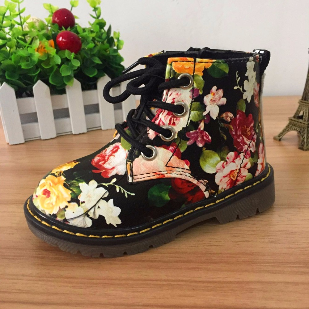 Cute Girls Boots 2017 New Fashion Lrregular Floral Flower Print Kids Shoes Baby Martin Boots Casual Leather Children Boots