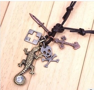 product Vintage pendant set set auger gecko pendant necklace five accessories wholesale necklace is small adorn article