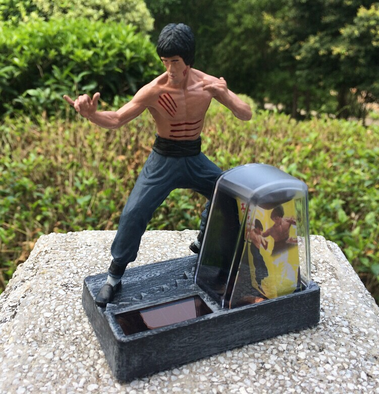 Free Shipping Solar Powered Kung Fu Master Bruce Lee PVC Action Figure Collection Toys SHD-1093(China (Mainland))
