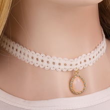 Korean jewelry handmade white lace Delicate lace bridal rhinestone necklace Opal necklace(China (Mainland))