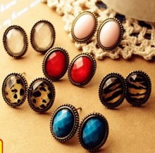 Sexy retro oval stone leopard / monochrome fashion earrings Hot Free shipping
