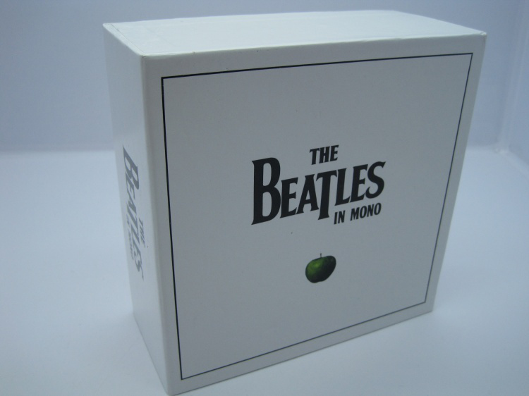 New & Seal: The beatles In Mono Box Set 13CD Disc Se white box limited edition music cd brand new factory sealed(China (Mainland))