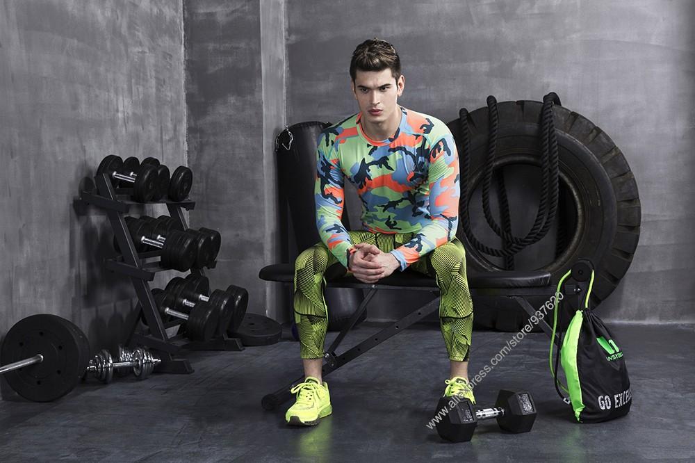 Vansydical Geometric Skinny Sport Yogo Fight Shorts for Men (8)