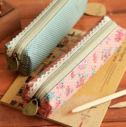 Fashion Mini Retro Flower Floral Lace Pencil Shape Pen Case Cosmetic Makeup Make Up Bag Zipper Pouch Purse(China (Mainland))