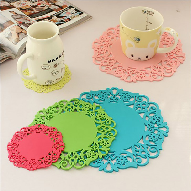 3PCS/LOT Colored Lace Flower Doilies Silicone Coaster Coffee Table Cup Mats Pad Placemat Kitchen Accessories Cooking Tools(China (Mainland))