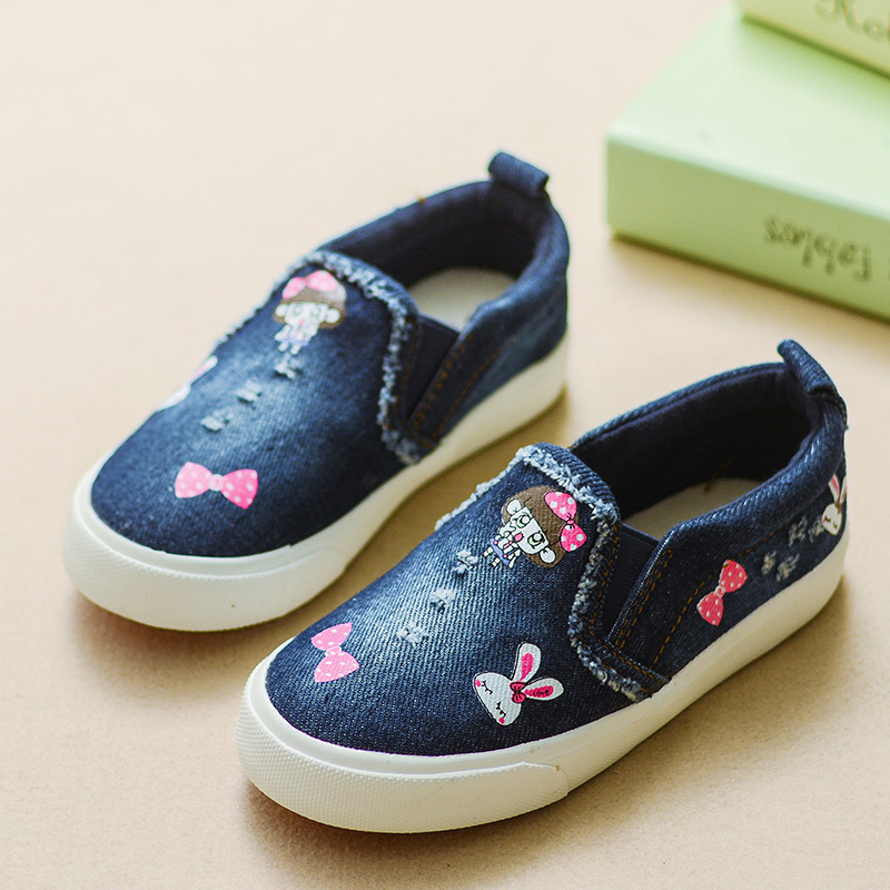 2016 New Autumn Canvas Girls Shoes Low To Help Cute Cartoon Denim Child Sneakers Fashion Casual Kids Canvas Shoes Size 25-36(China (Mainland))