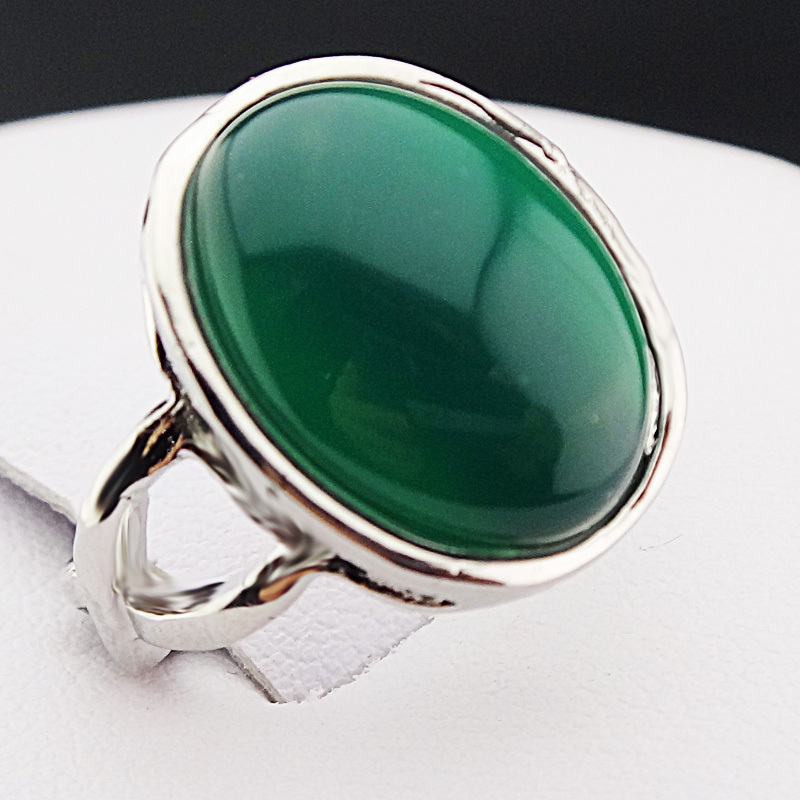 New Arrival Guaranteed 100 Malay Jade Stones Oval Vintage Retro Silver Rings for Womens Mens Mother