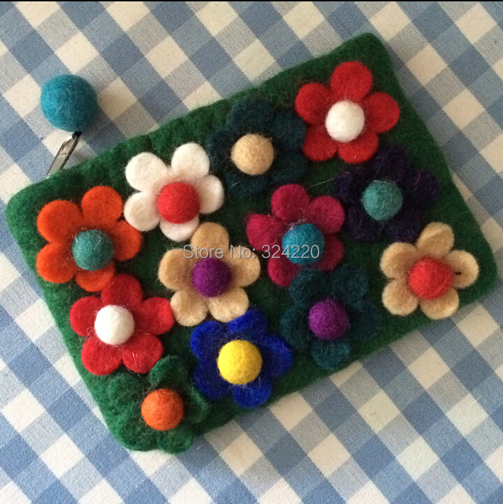 Free Shipping In Stock Lovely Nepal handmade wool inlay small flowers holding a small bag wallet flowers card bag Key bag(China (Mainland))