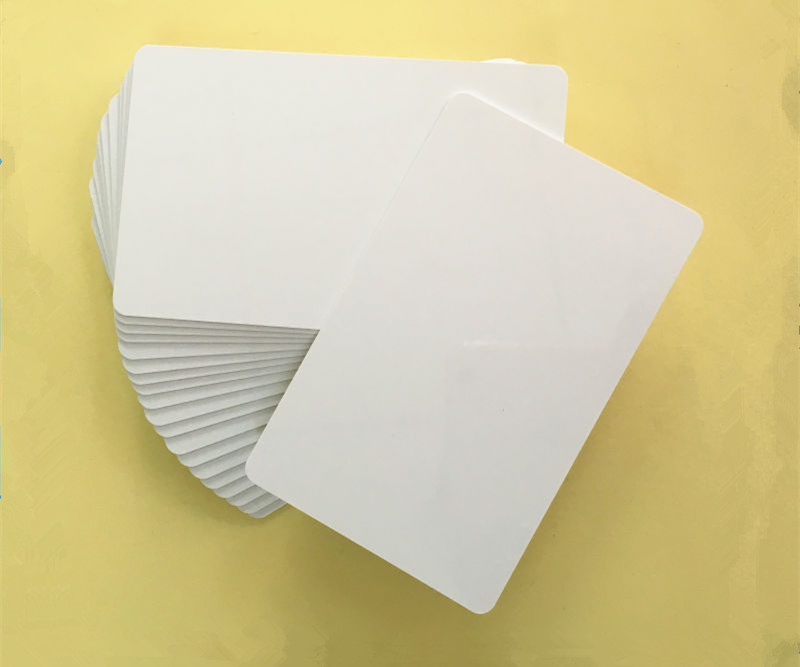 600PCS/lot 125KHZ EM4305 Chip Smart Rewritable RFID ID PVC Card Support Copier/ Duplicate HID Cards(China (Mainland))