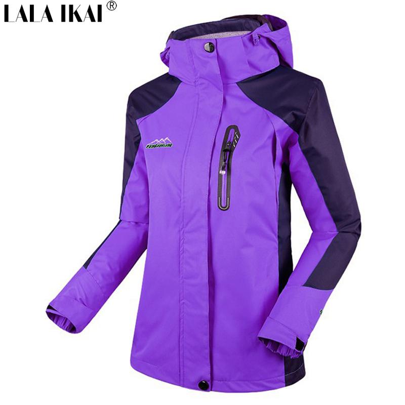 IKAI Brand Hiking Jacket Women Quick Dry Windstopper Jacket Waterproof Girls Climbing Camping Softshell Jacket Women HWA0029-5
