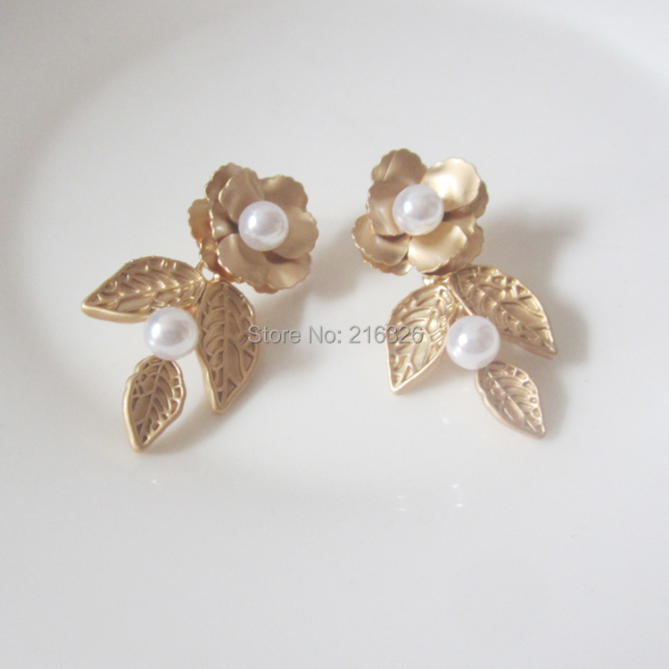 gold flower stud earrings pearl women fashion charms jewelry bridal leaf brincos accessories - Rongho 216326 store