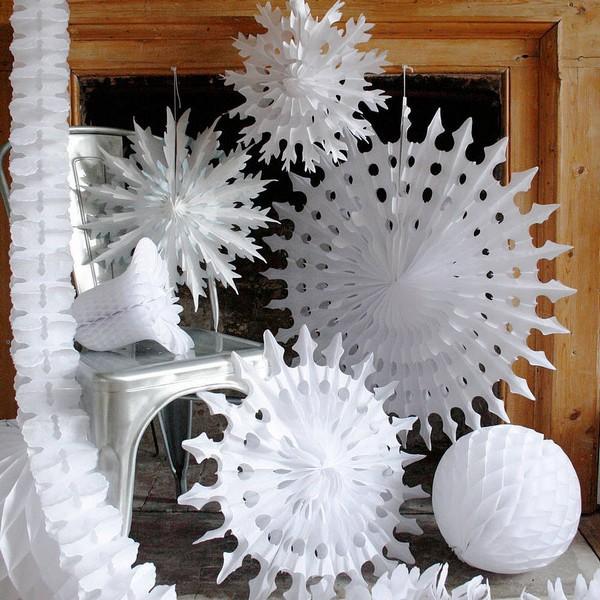 50pcs 35cm+50cm Mixed Size Tissue Paper Snowflake Fans
