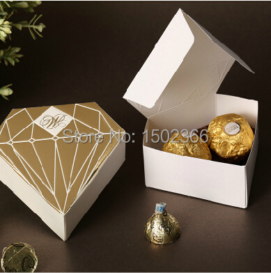 Free Shipping Paper Candy Box 50pcs/Lot Kids Birthday Party Gift Event Party Supplies Wedding Favors Candy Boxes(China (Mainland))