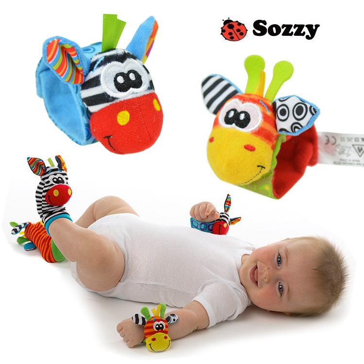 Infant Baby rattle toys 2015 new High Contrast Garden Bug Wrist Rattles musical toy gift for baby 0-24months pair(China (Mainland))