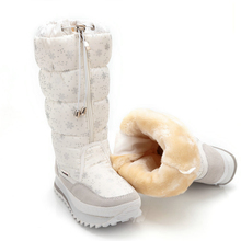 Size 35-43 Fashion Women Boots Plush Warm Snow Boots Ladies Winter Ankle Boots Waterproof Zipper White Colour Snow Flower Botas(China (Mainland))