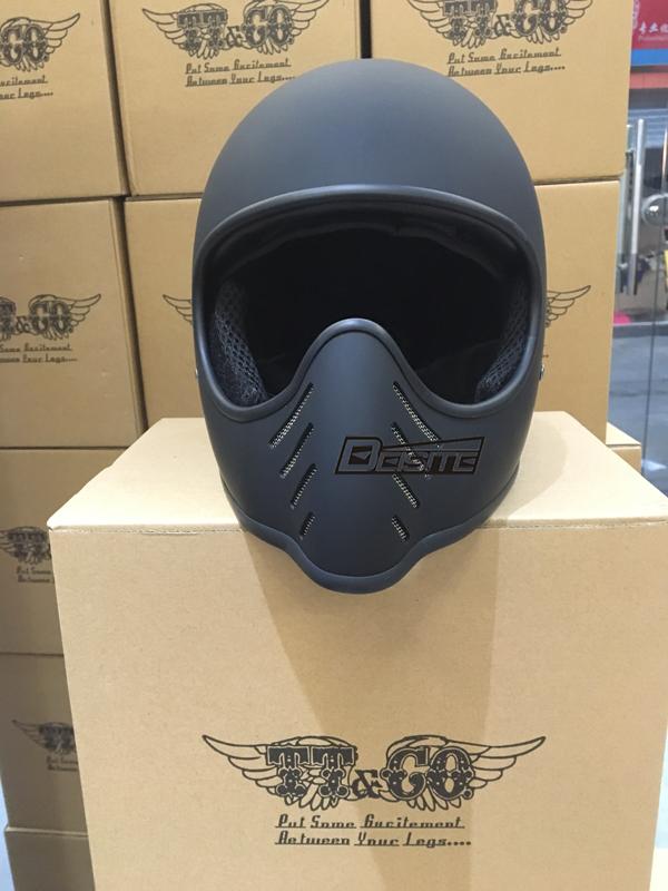 Original authentic Thompson TT&CO retro off-road motorcycle helmet BELL MOTO2 small helmet body(China (Mainland))