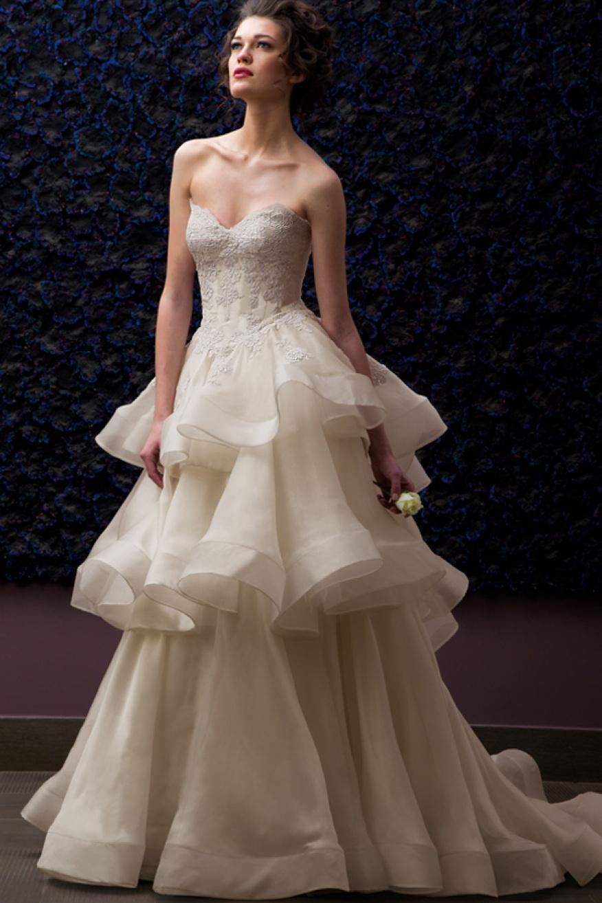 Gothic tiered wedding dresses plus size sweetheart off for Corset wedding dresses plus size
