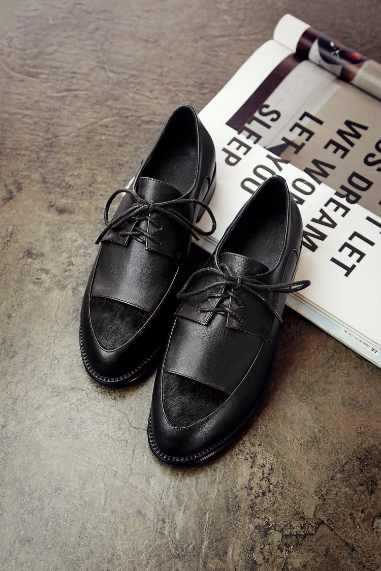 Genuine leather Flat Oxford Shoes Woman Flats 2017 Fashion Horsehair lace up British style Brogue Oxford shoes women flats
