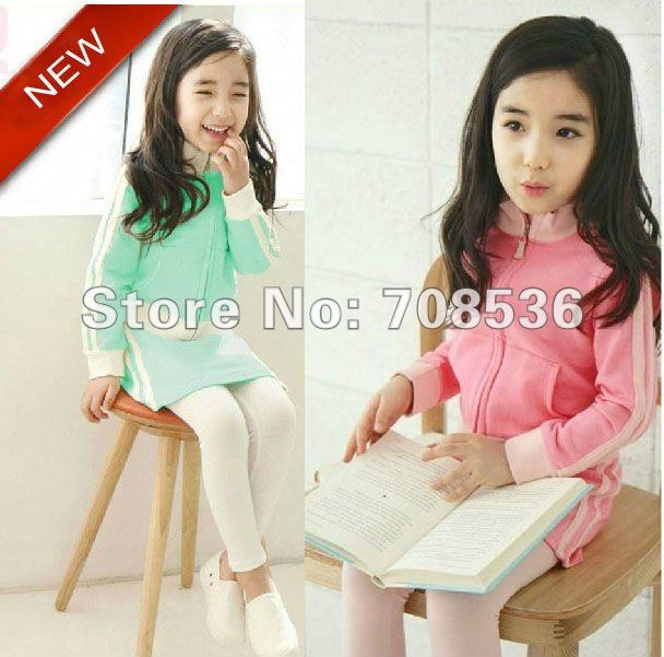 Free Shipping New Arrival Fashion Girls Casual suit /Children sportwear / kids tracksuit ,green,pink(China (Mainland))