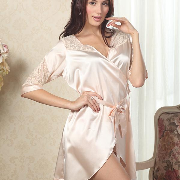 Сексуальные шелковые халаты от производителя
