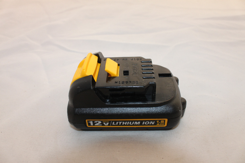 Used DCB120 power tool lithium ion battery 12V 1.5A rechargeable battery(China (Mainland))