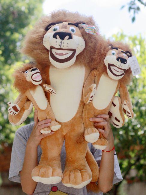 Free shipping Super cute plush toy Cartoon dolls Malaga Alaska lion doll 1pc 25cm(China (Mainland))