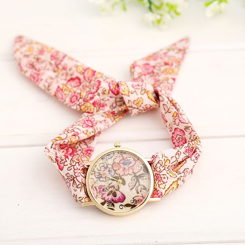 Chinese Style Rose Flower Pattern Quartz-Watch Wom...