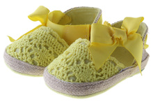 Hs237 handmade golden yellow handknot lace Baby girls shoes sneaker shoes first-walker shoes  size 2 3 4 in US(China (Mainland))