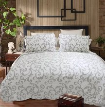 Queen Size Quilted Bedspreads,Size 230x250cm summer quilted bedspreads,100% Cotton Summer Quilted Blanket Sets with Pillowcase (China (Mainland))