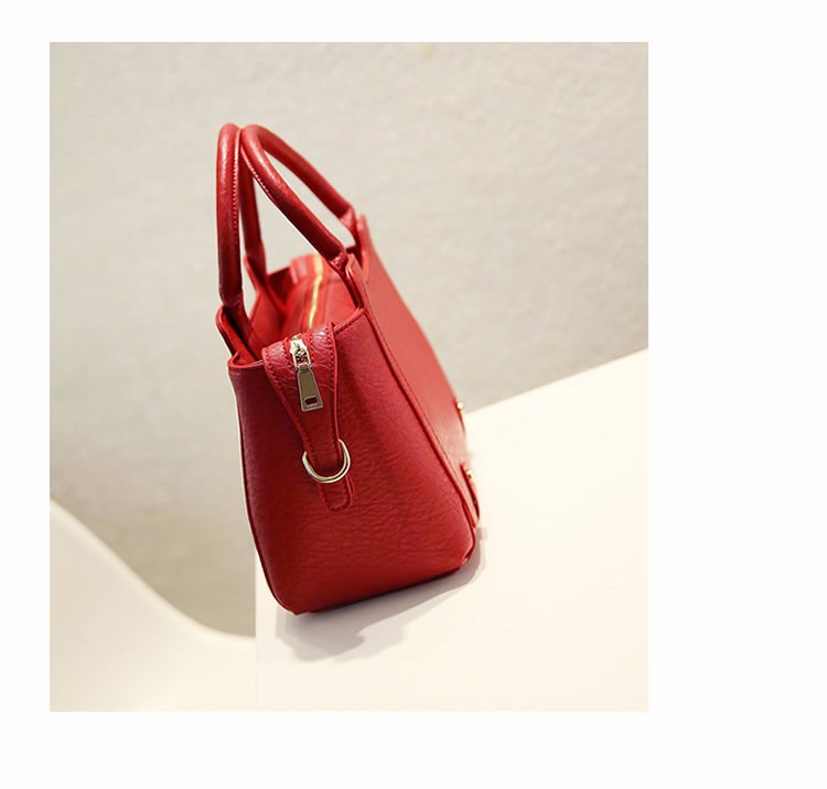 Women Handbag Luxury Designer Classy Small Hand Bag Ladies Fashion PU Leather Bag Woman Stylish Casual Shoulder Bag