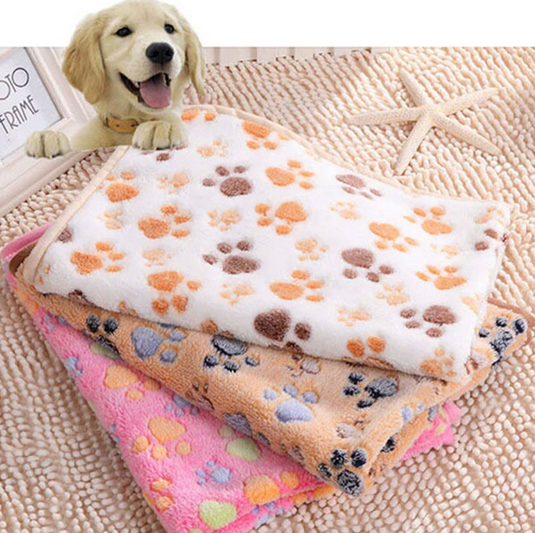 2016 New 40 x 60cm Cute Floral Pet Sleep Warm Paw Print Dog Cat Puppy Fleece Soft Blanket Beds Mat(China (Mainland))