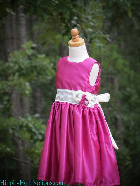 Фотография A-Line Satin Fuchsia Handmade Flowers Sash Children Flower Girl Dress Pageant Party Kids Flower Girl Dress Size 8