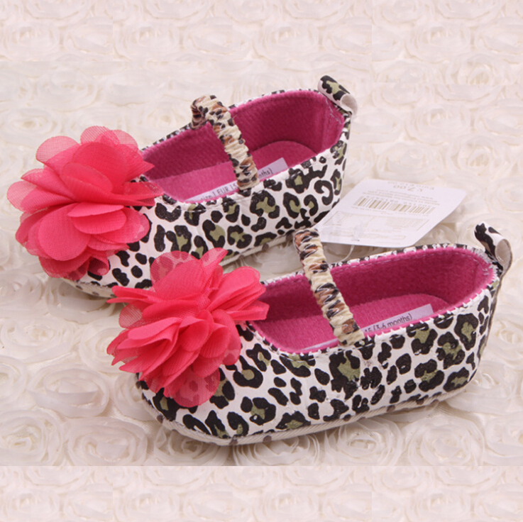 2016 New baby shoes Leopard printed cute red flower soft shoes for newborn baby girl sapato infantil first walkers(China (Mainland))