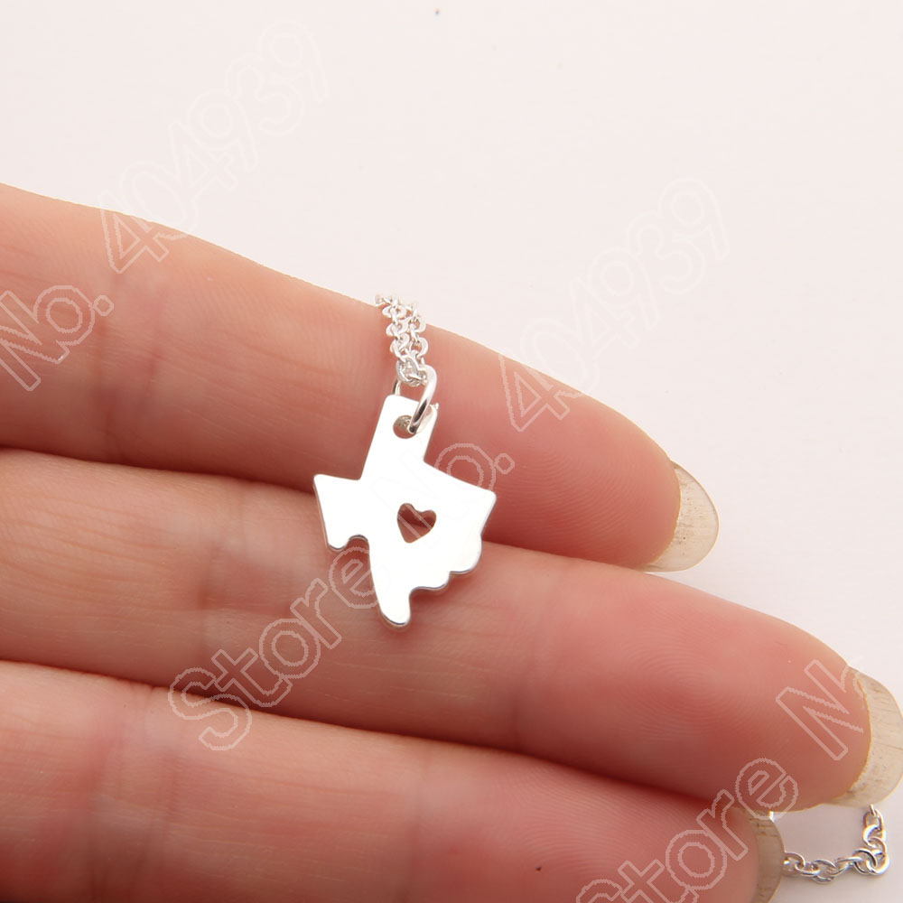 30pcs Little Texas State With Heart Necklace Longhorns Dallas Lone Star State Of Texas Cowboy Necklaces & Pendants Map Women(China (Mainland))