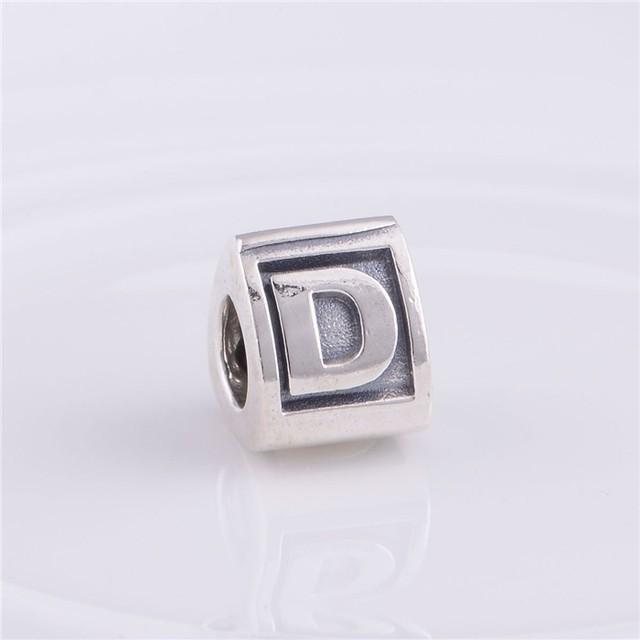 Буква D бусины подходит пандоры прелести браслет 925-Sterling-Silver треугольной формы европейский шарм женщин DIY ювелирных изделий