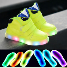 2016 European fashion cute LED lighting baby shoes hot sales Lovely girls boys baby sneakers high quality cool baby boots(China (Mainland))