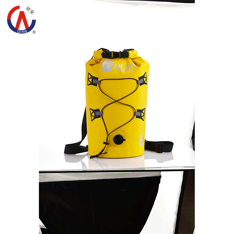 2015 New 35L Waterproof Dry Bag Pouch Sack Backpack For Canoe Floating Rafting Camping Boating Kayaking High Quality(China (Mainland))