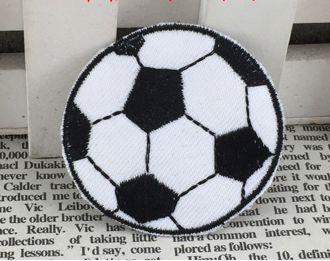 Wholesale bulk Lot Embroidered Sport soccer iron on sew on patch DIY sewing kids wear 4.5cm(China (Mainland))