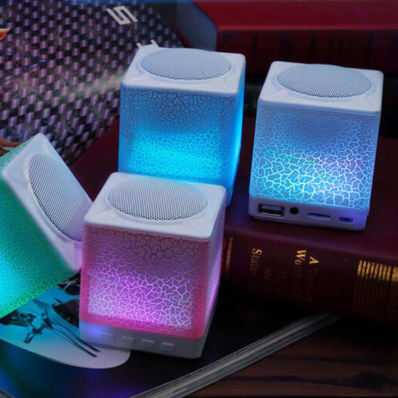 Moonlight wireless Bluetooth speaker phone card subwoofer computer portable mini stereo Free Shipping(China (Mainland))