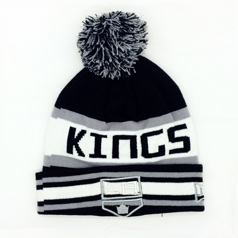 Letter LA Kings Beanie hat Winter knitted pompom hockey Sport cap Unisex warm acrylic knit hat Beanies hats Wholesale 0790*03(China (Mainland))