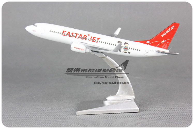 16cm Korea EASTAR JET B737 Airlines Alloy Airplane Model Airways Plane Model Diecast Souvenir Collections Free Shipping(China (Mainland))