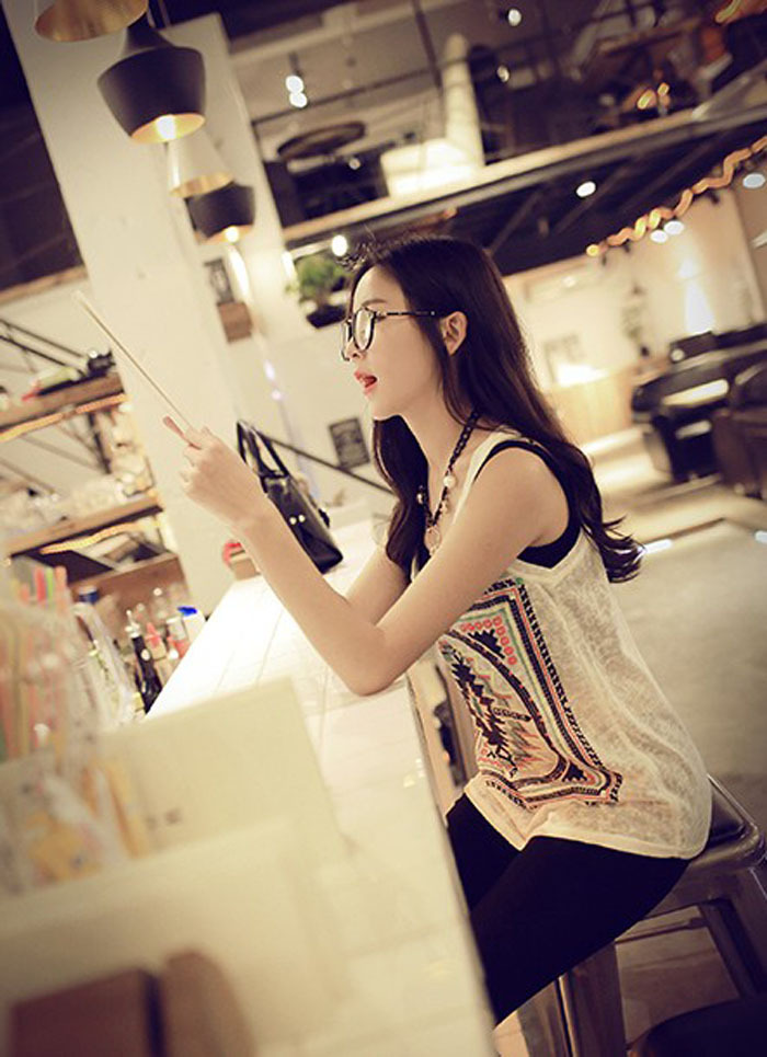 2015 NEW Women Tops Retro Sleeveless Blouse Summer Lady Tees Beach Vest Casual fashion Sporty Tank