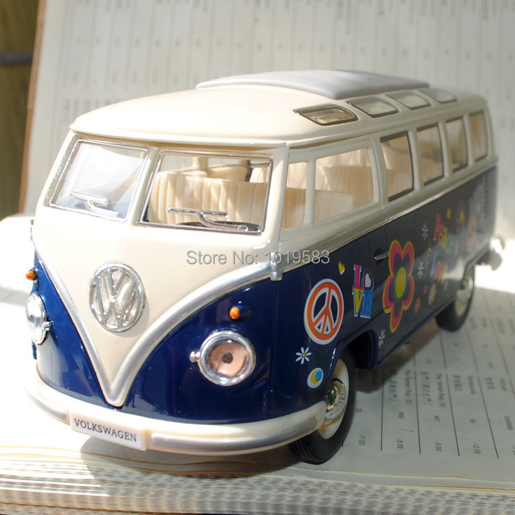 Brand New Diecast Classic Car Model Toys Volkswagen 1962 Peace Love Bus With Flower Pattern Blue Metal Car Model Toy For Gift(China (Mainland))
