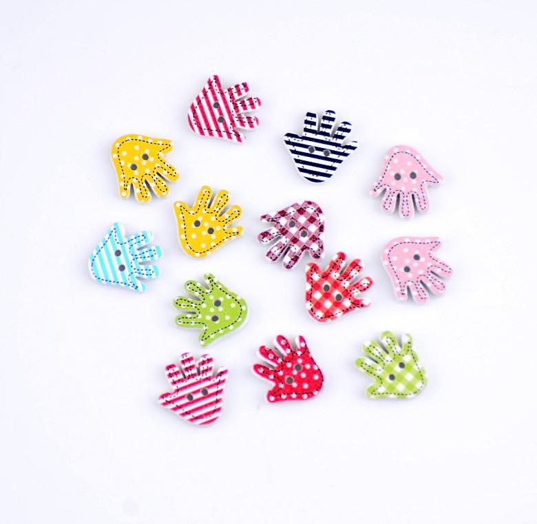 Free shipping -2015 Random 100pcs Mixed 2 Holes Cartoon Palm Slap Hands Wood Sewing Buttons Scrapbooking 18x18mm J1435(China (Mainland))