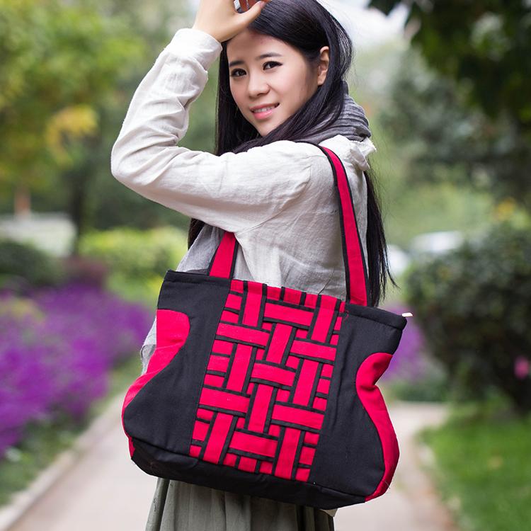 New Yunnan national wind bag handbag cloth shoulder bag art canvas Chinese style retro female bags Post(China (Mainland))
