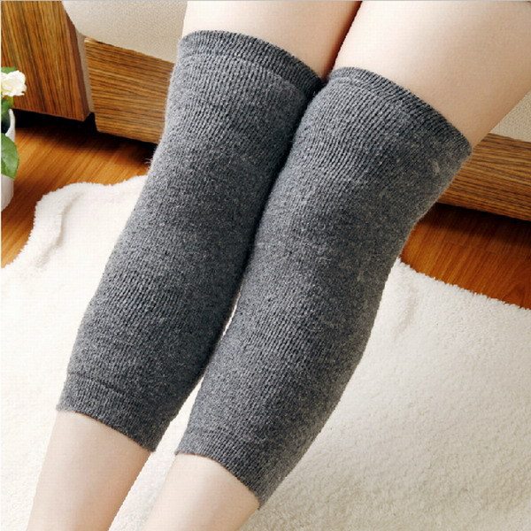 Гаджет  Free Shipping 1 Pair Sport Thickening Knee Patella Protector Warming Kneecap Wool Rabbit Knee Pads None Спорт и развлечения